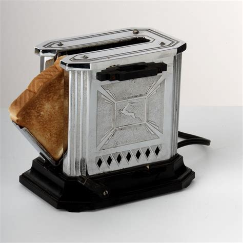 hotpoint gazelle toaster from 1930s generalelectric toaster artdeco all things deco