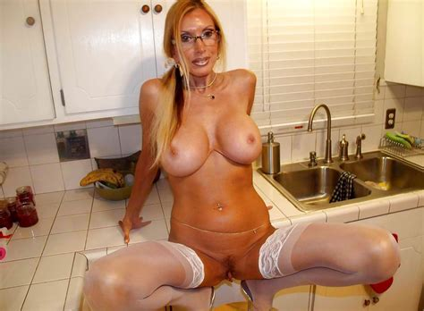 070 1000  In Gallery Big Fake Tit Milf Picture 1 Uploaded By Redeye Jedi On