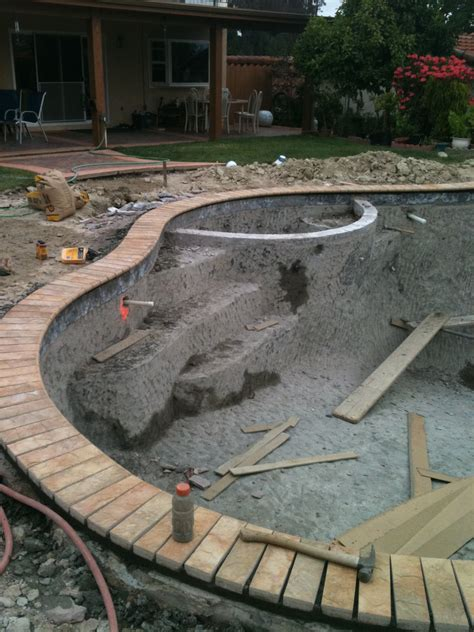 pool coping construction california  aqua magic pool