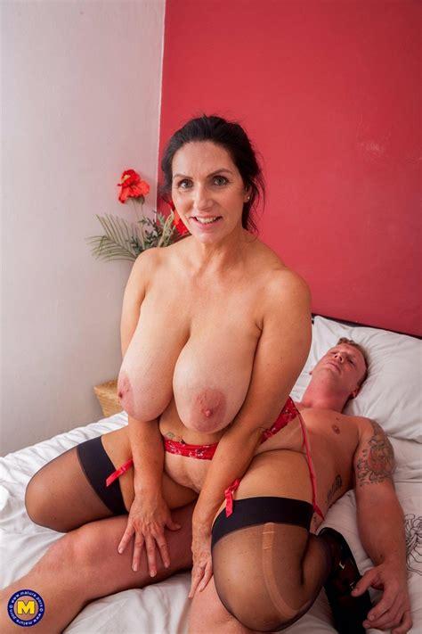 Forumophilia Porn Forum Busty Milfs Whores Page