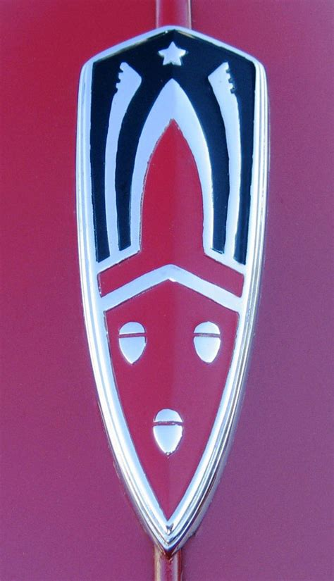 Oldsmobile related emblems | Cartype