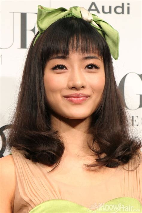 short  medium hair styles  asian women medium
