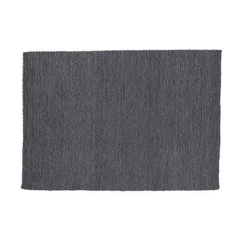 tapis en gris 140 x 200 cm industry maisons du monde