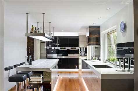 Modern Kitchens : A Contemporary Kitchen In Australia By Darren James