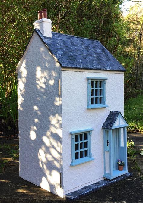 Julie Dolls House Blog
