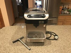 Clover 1s makes exceptional brewed coffee by the cup in under a minute and opens up new possibilities in a retail environment. Clover 1s Coffee Maker - VERY Rare - Used In Office ...