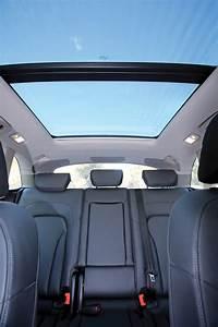 Audi Q5 recall: sunroof glass shatter risk - photos