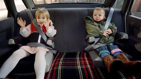 securite routiere siege auto sécurité routière deux tiers des enfants mal attachés