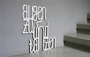 Augen Zu Und Tanzen : cool outfit augen zu und tanzen anziehendes in blogbuchstaben ~ Watch28wear.com Haus und Dekorationen