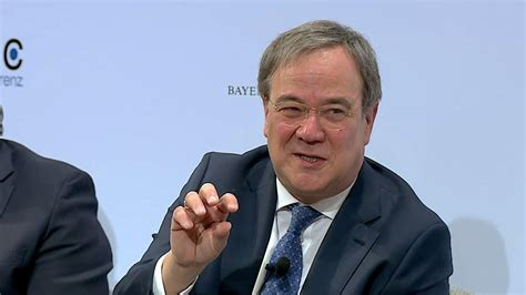 32,922 likes · 4,142 talking about this. Armin Laschet criticizes Angela Merkel's EU policy ...