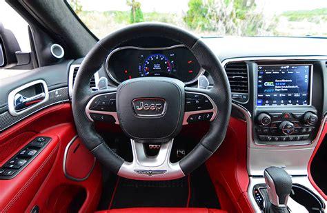 jeep grand cherokee trackhawk steering wheel