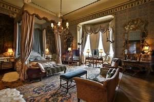Medieval Interior Designing Theme Decoration Tips
