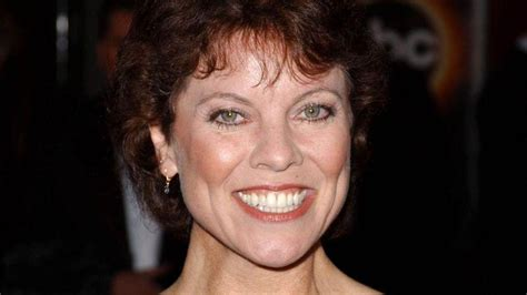 happy days cast members react  death  erin moran