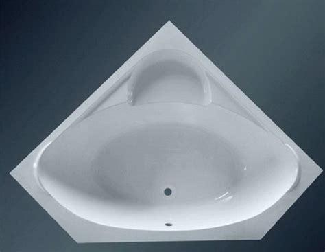 large corner bathtub mm