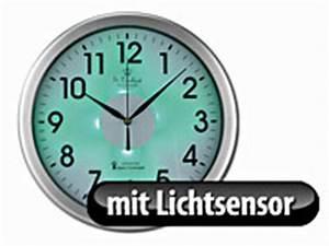 Wanduhr Mit Beleuchtung : st leonhard funk wanduhr mit zifferblatt beleuchtung lichtsensor kabellos ~ Buech-reservation.com Haus und Dekorationen