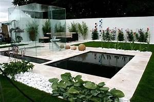 50 idees pour amenager votre jardin With amenagement jardin avec bassin 11 une ambiance de reve autour de votre piscine
