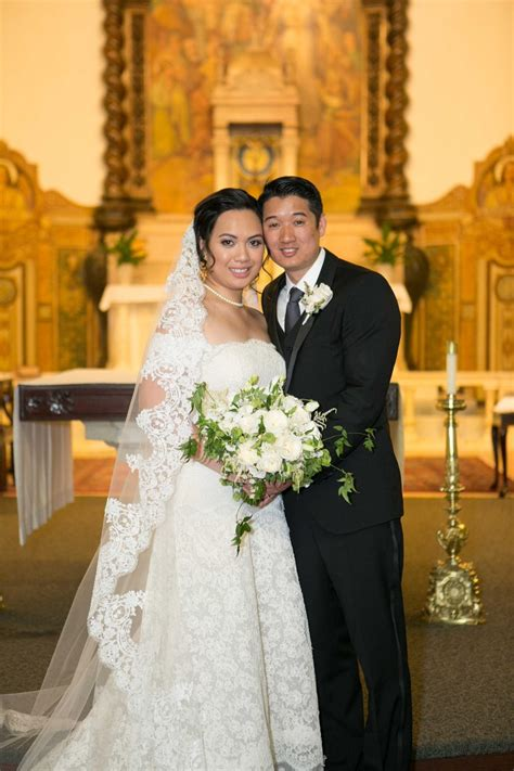 Couples Photos Bride And Groom Pose In Catholic Church