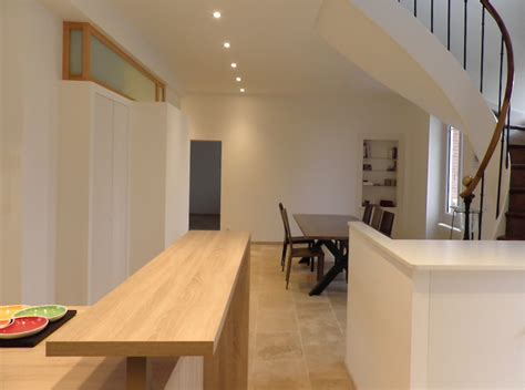 escalier entre cuisine et salon la maison es