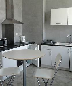 appartement t1 a louer marseille 13005 location stgl With appartement a louer meuble marseille