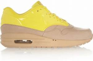 Nike Air Max in Yellow Bright yellow