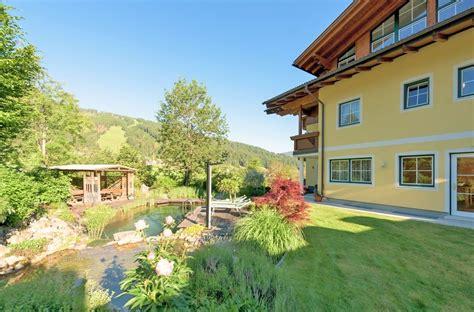 Garten & Schwimmteich  Haus Am Hammerrain Flachau