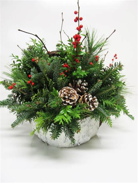 christmas arrangments 21 best centerpieces greenery arrangements images on pinterest christmas items christmas