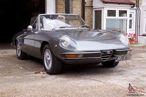 1975 Alfa Romeo 2000 Spider Veloce Grey