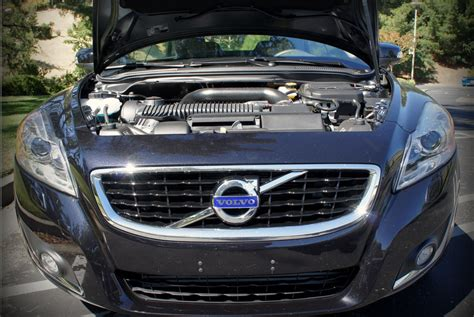 volvo announces plans   fully hybrid  electric