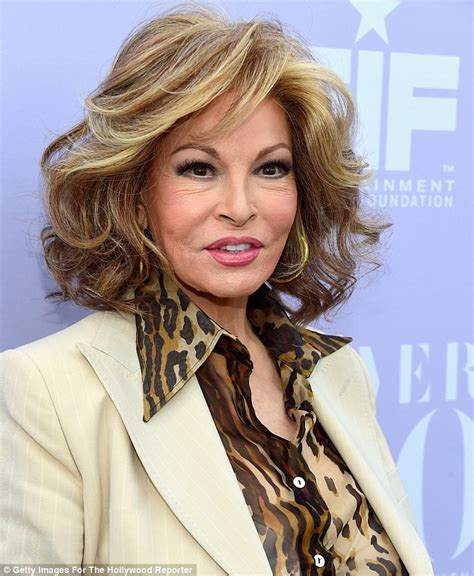 andre weinfeld age raquel welch looks youthful at thr women in entertainment