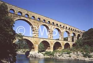 THE FAMOUS ROMAN AQUEDUCT IN THE SOUTH OF FRANCE. THIS ...