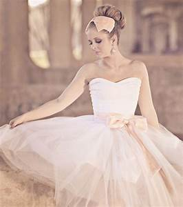 Unique wedding dresses non white bridal gown ballerina for Ballerina wedding dress