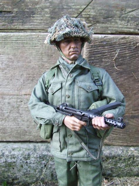 british army infantryman  closer machinegun