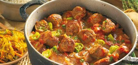 cuisine reunionnaise meilleures recettes voyage culinaire vers la cuisine réunionnaise les 7