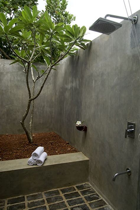 amazing outdoor bathroomshower ideas