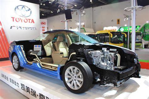 Toyota bringt den camry nach europa. Der Innenraum Von Toyota- Camryhev Redaktionelles ...