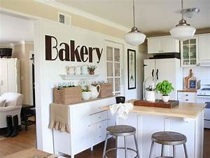Small kitchen hutch pictures ideas tips from hgtv hgtv for Best brand of paint for kitchen cabinets with wall hangings art