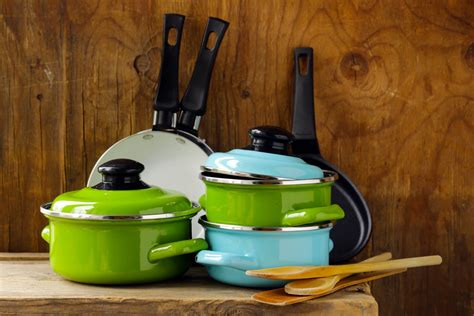 cookware pots pans gas anodized pot hard does mean stoves cooking remove sets grease baked recycle kitchen sheet reuse istock