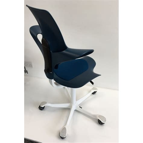 hag capisco puls 8010 petroleum edition stock chair