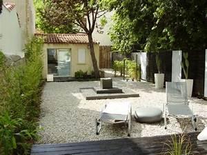 Idée Jardin Zen : 1 jardin zen en noir et blanc ~ Dallasstarsshop.com Idées de Décoration