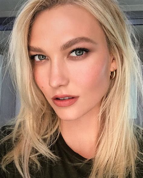 How Karlie Kloss Facialist Prepped Angels Skin