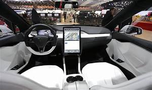 2019 Tesla Model Y SUV Interior Images - New SUV Price