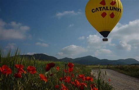 Hot air balloon flights near Montserrat from Barcelona