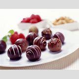 Chocolate Truffles Wallpaper | 1024 x 786 jpeg 97kB