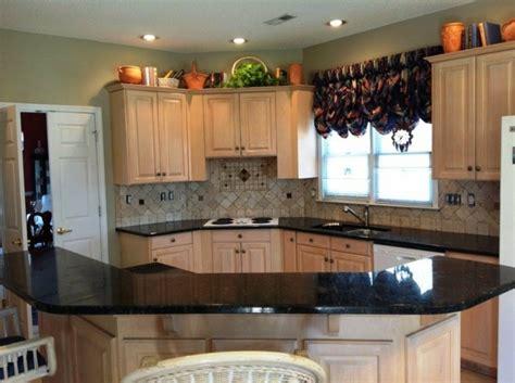 marbre cuisine awesome cuisine moderne orange avec marbre galaxie noir
