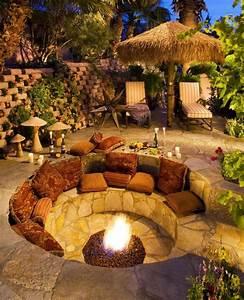 sitzplatz mit feuerstelle im garten 50 tipps und ideen With feuerstelle garten mit offenes feuer balkon