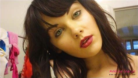 Mellisa Clarke Pink Bra Selfie Naked Brunette Teen