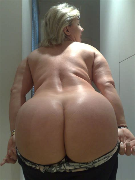 thick milf thick luscious
