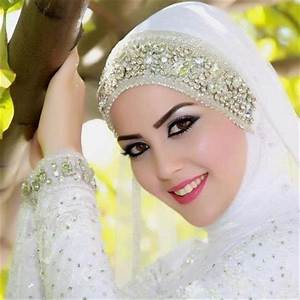 25 Beautiful Hijab styles For Girls - ImpFashion - All ...