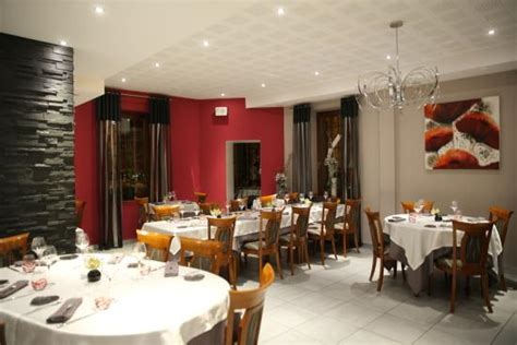 forbach moselle restaurant le schlossberg tables spacieuses et espac 233 es picture of