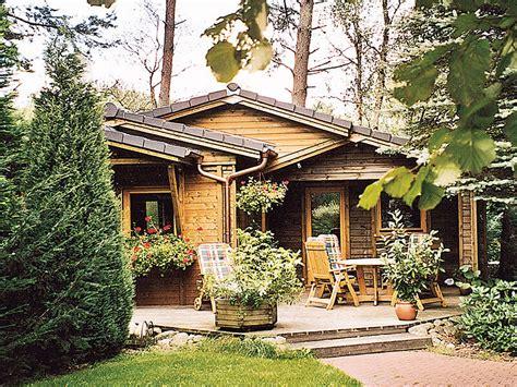 Kleine Holzhäuser Preise by Kleines Holzhaus Ferienpark Leitzingen Urlaub In Der